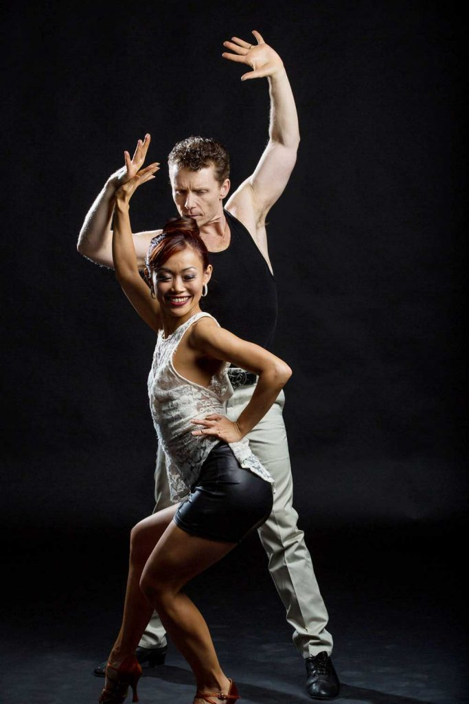 Dance insanity - Latin Dance Lessons with LIWen Ang & Tytus Bergstrom